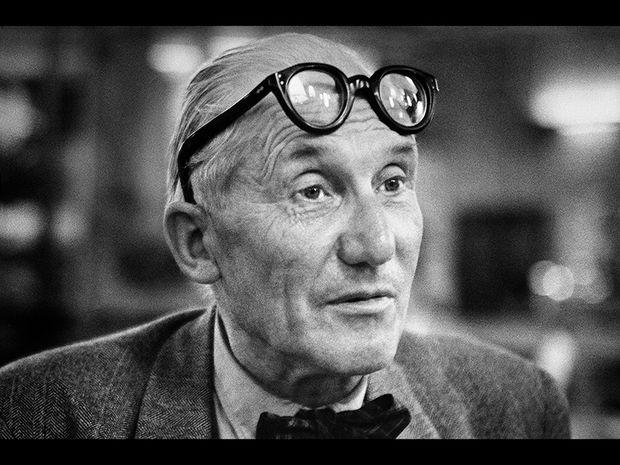 Le Corbusier (1955)